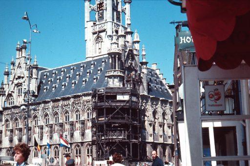Afbeelding #001 voor het verhaal Vergeten dia's deel 2: Middelburg in de kleurtjes van toen