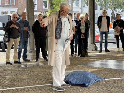 Afbeelding #000 voor het verhaal Kasper Bosmans voegt werk toe aan Podio del Mondo per l'Arte in Middelburg