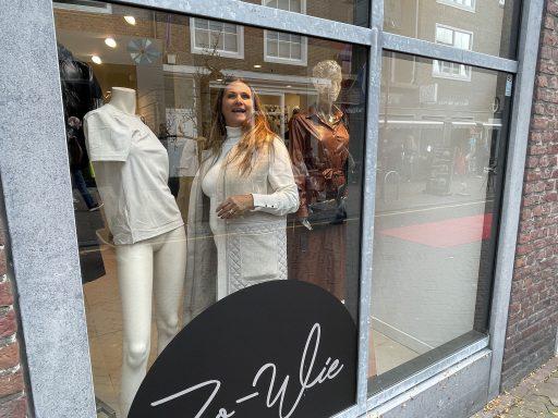 Afbeelding #002 voor het verhaal Modeshow Zo-Wie Middelburg, 16 oktober 2021